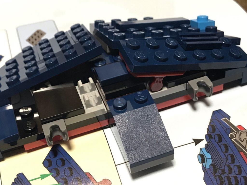 LEGOツリーハウス(21318)組み立て13~14 屋根の設計は苦労したんだろうな